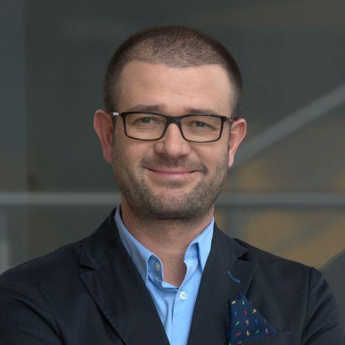 Grzegorz Błażewicz, BENHAUER